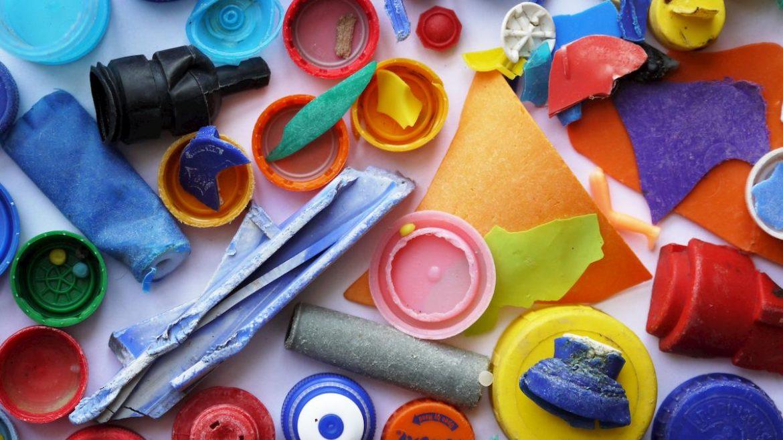 Cinq conseils sur l'utilisation du plastique