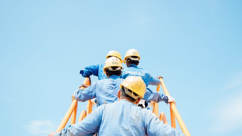 Comment choisir une entreprise pour la gestion et la production de fluides industriels ?